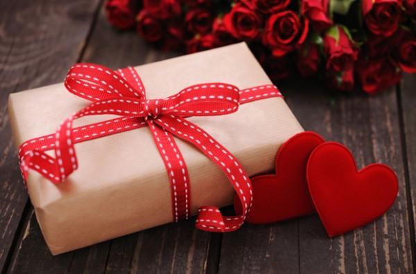 情人节 | 华人V生活给大家的情人节礼物