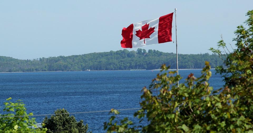 2017加拿大移民新政启动大盘点, 五年内住满3年即可入籍噢!