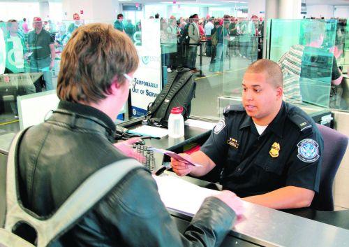 新规定!外国护照须符合美国''新标准''