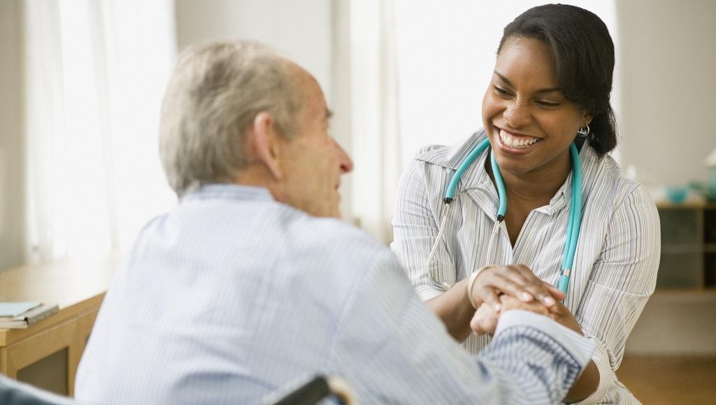 医院:美国无证移民看病 不用担心身份