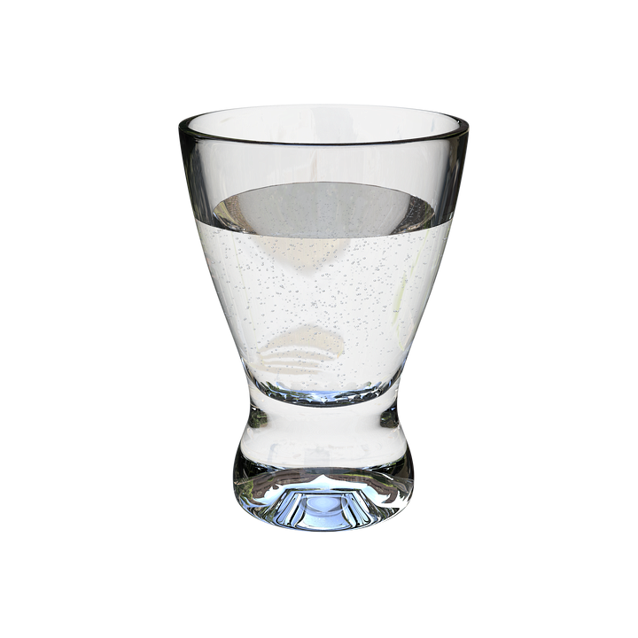 a-glass-of-water-3246432_960_720.png