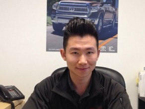 丰田汽车销售经理- Sean Li