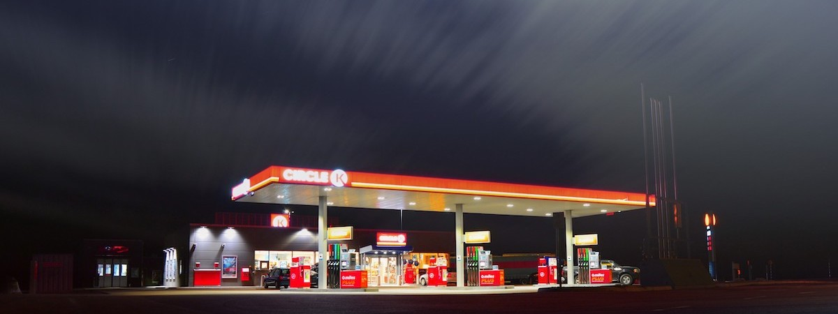 留下加油站信息,告诉大家哪里还能加到油!